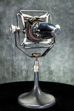 Photo of a Western Electric microphone